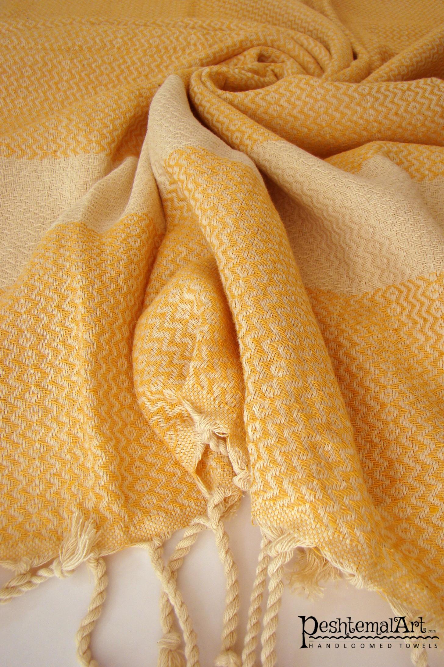 Lily Beach Towel - Yellow
