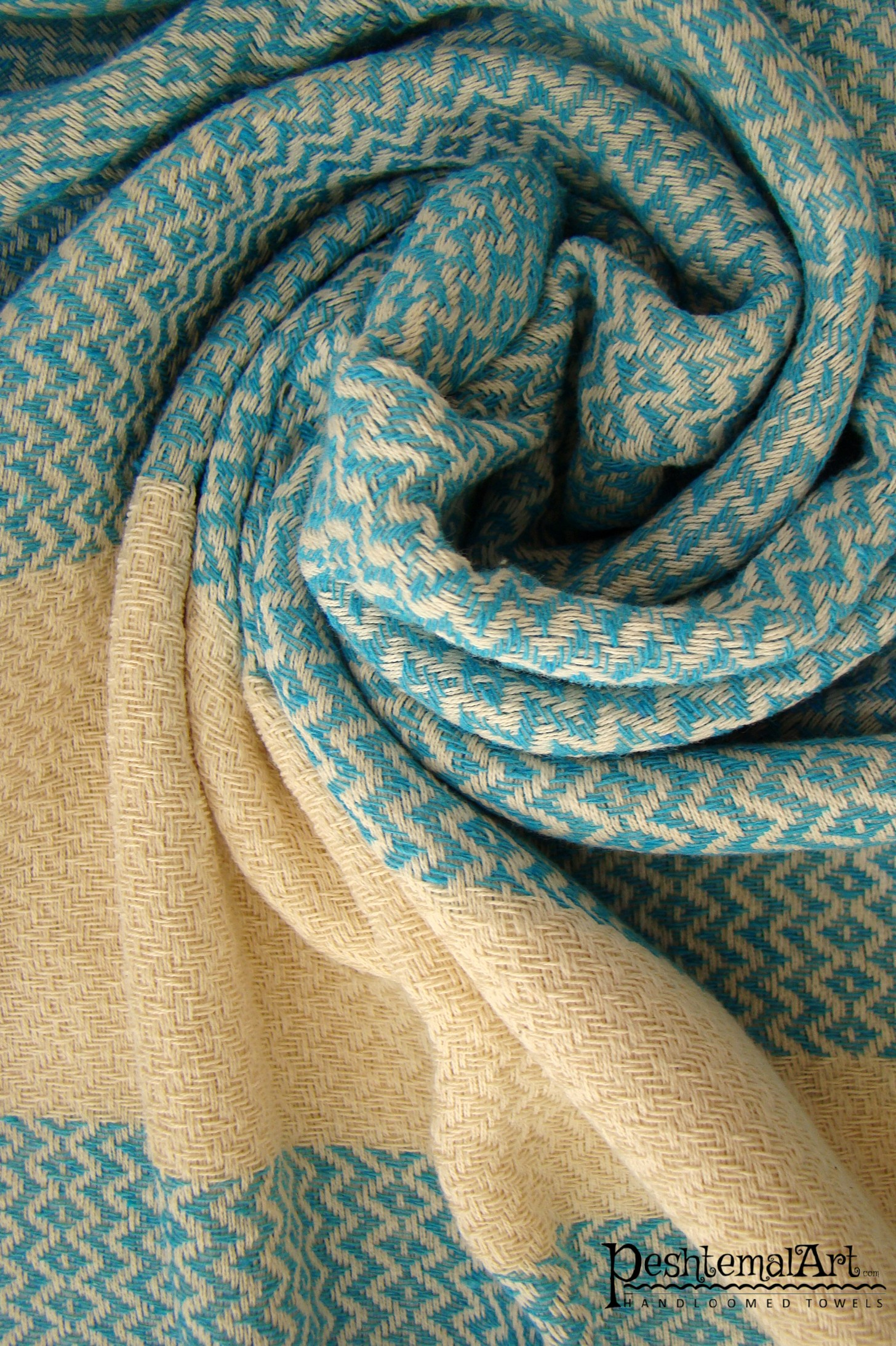Lily Beach Towel - Turquoise